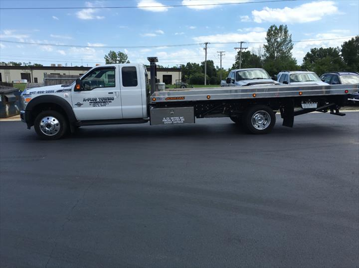 A+ Plus Towing & Recovery, Inc. - Towing - Cary, IL - Thumb 4