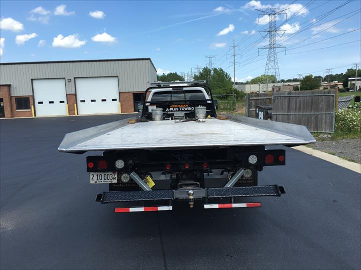 A+ Plus Towing & Recovery, Inc. - Towing - Cary, IL - Thumb 5